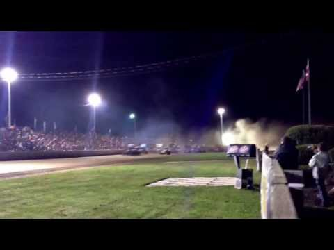 World of Outlaws A-Main start. Rolling Wheels Raceway 10-12-13