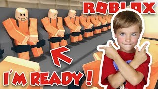 I'M READY TO FIGHT in ROBLOX PRISON ROYALE | PUBG FOR KIDS