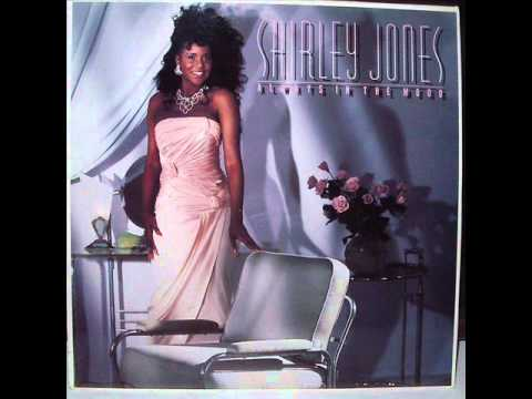SHIRLEY JONES-DO YOU GET ENOUGH LOVE.wmv