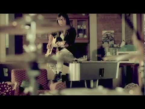 DREW - RADIO Official Video.