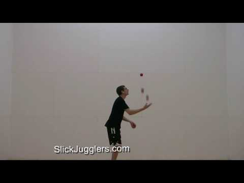 Juggling to music (Sandstorm by Darude)