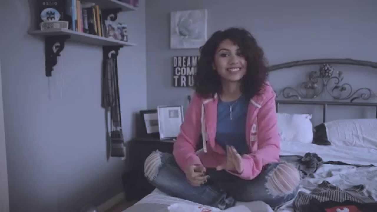 Alessia Cara: Bestival 2015