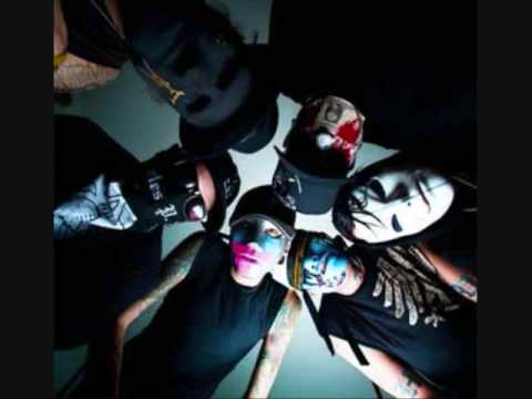 Hollywood Undead-Undead (Full Dirty version/ with lyrics)