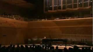Joe Hisaishi & 9 cellos - a Wish to the Moon. Joe Hisaishi (1950), ...