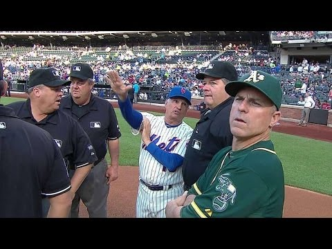 Melvin, Collins talk ground rules with umps