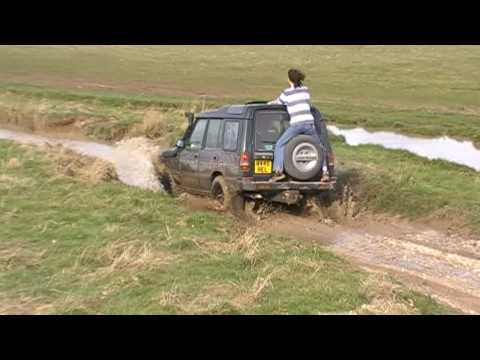 Land Rover - Hairy Hitches A Ride Part 1