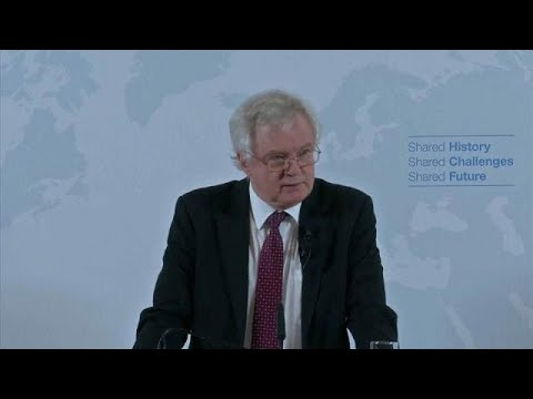 Davis sets out vision of Britain's post-Brexit global relations