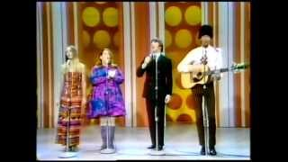 Mamas &  Papas - California Dreaming