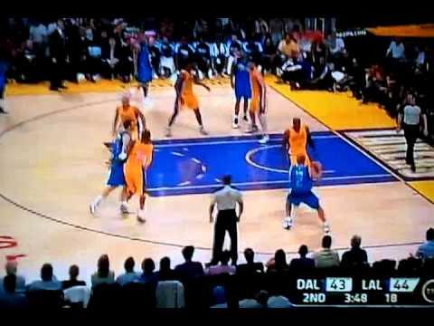 Jason Kidd makin Kobe clean da floor 3/31/11