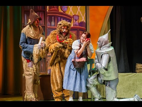 The Wizard of Oz at Phoenix Theatre