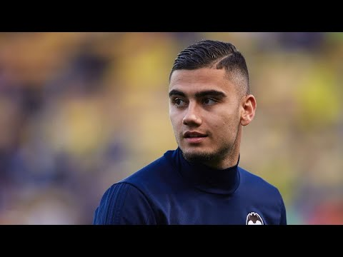 Manchester United's Andreas Pereira leaves Valencia after loan ends