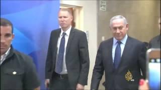 الفلسطينيون والإسرائيليون يغيبون عن مؤتمر باريس للسلام