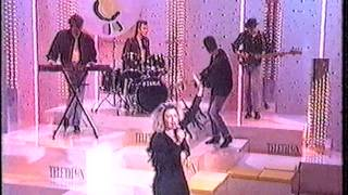 Смотреть Kim Wilde & Laurent Voulzy - Bye Bye Love онлайн
