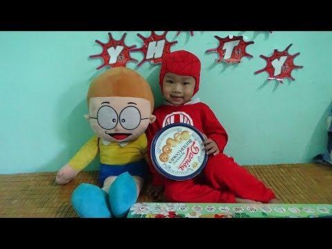 Thái Anh Bóc Bánh Danisa Cùng Nobita - Siêu Nhân Thái Anh Hài Hước Bóc Bánh Danisa