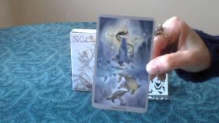 Queen of Cups - A Video Description of the Tarot Card Queen of Cups