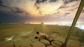 заниматься секс на вершине пирамиды в Египте. فيديو الأهرامات الإيباحى الفاضح