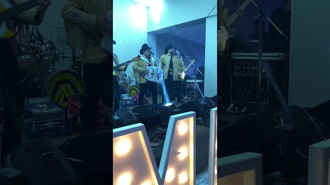 Impostores de Nuevo León - Hermosas Palabras ( En Vivo )