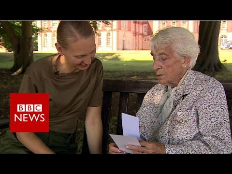 Women in war: Two generations meet - BBC News