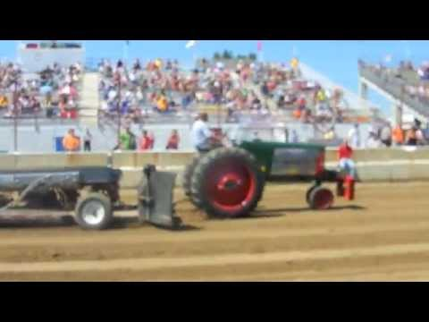Oliver Tractor Pulling at Dodge County Fair WI 8-20-2011