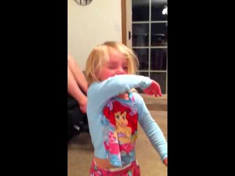 Toddler Smells Stinky Foot - YouTube
