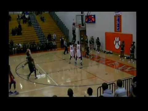 Damian Young Hoopmixtape dunks