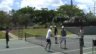 Теннис отличное упражнение на реакцию.mov