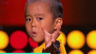 Мальчик из Кыргызстана Нурмухамед подражает Брюс Ли. Он выступил на «Первом Канале».