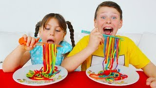 Ali and Adriana playing with color Play Doh Noodles Johny Johny