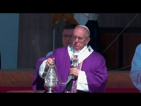 Pope Francis condemns drug lords in Mexico