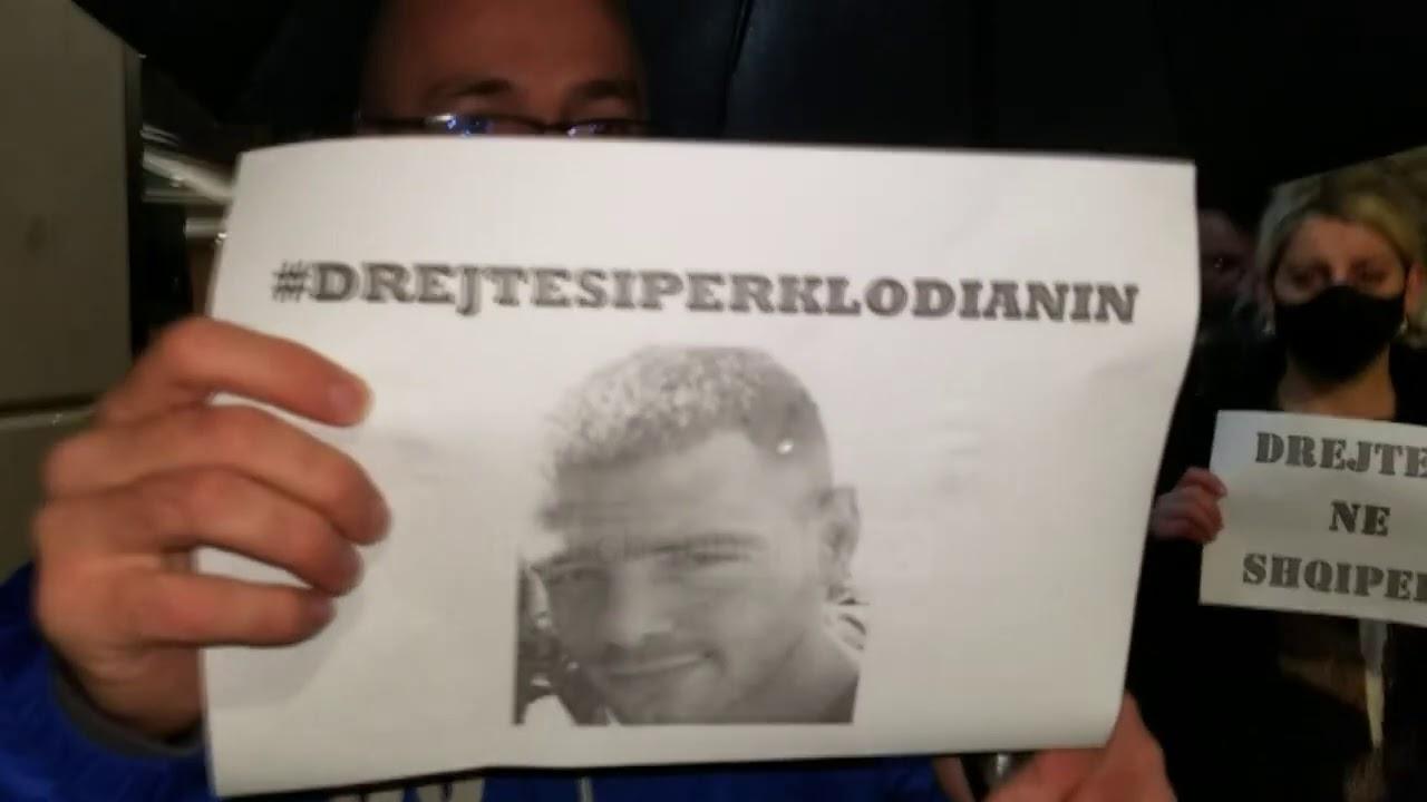 Drejtësi për vrasjen e Klodian Rashës, protesta edhe në Durrës - YouTube