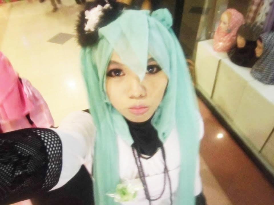 Tutorial cosplay hijab hatsune miku - YouTube
