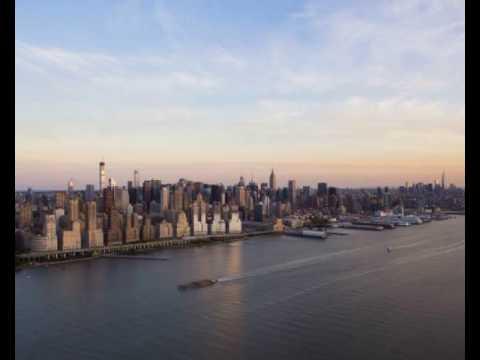 Take a peek inside 432 park avenue the tallest residential building in the western hemisphere