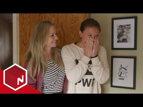 Elisabeth målløs over sitt nye og ryddige soverom   Norske Rotehjem   TVNorge