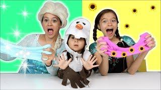 ANNA ENSINA ELSA FAZENDO SLIME!! Princesas da Disney