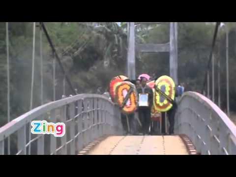 Clip khoảnh khắc sập cầu kinh hoàng lúc 8h30 sáng 24/2 tại Tam Đường (Lai Châu)