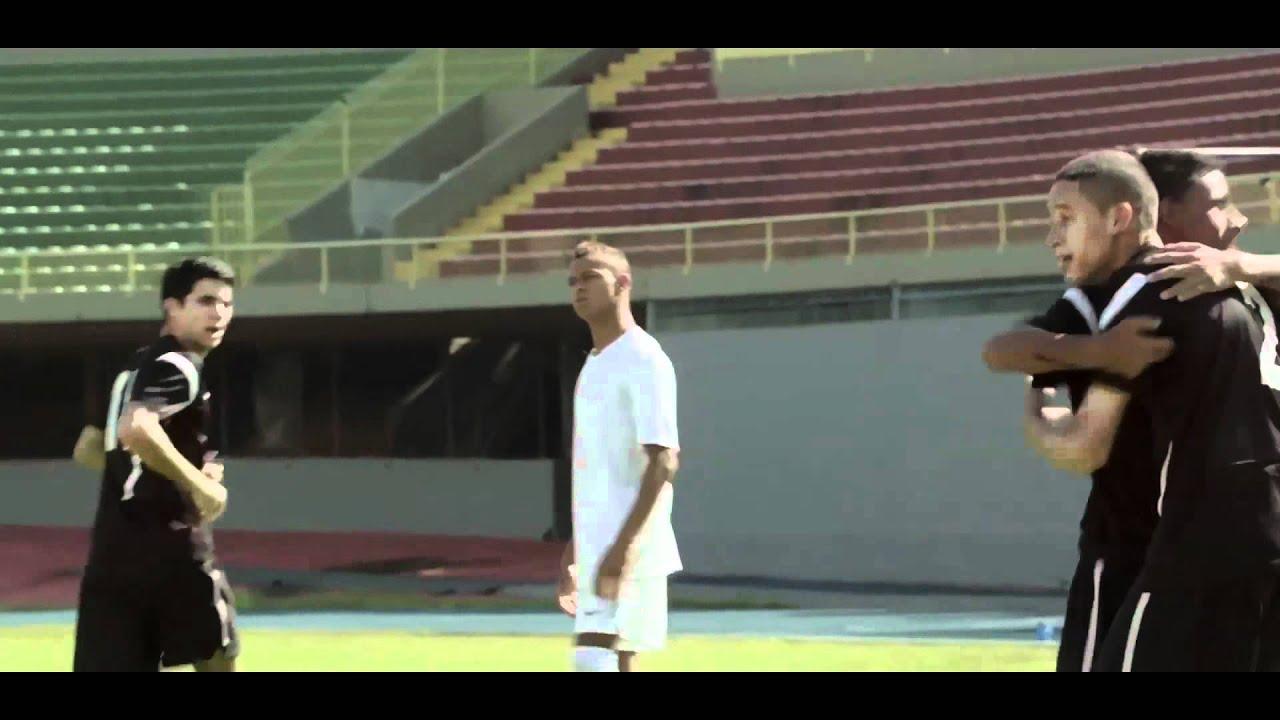 reputable site 06dc5 c3485 Nike Football France   The Chance   La première recrue de Mano Menezes