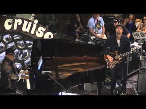 Ivan Neville solo piano set 1/10/16 Jam Cruise Atrium