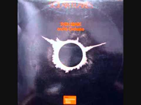 Sven Libaek (Noruega, 1974)  Solar Flares