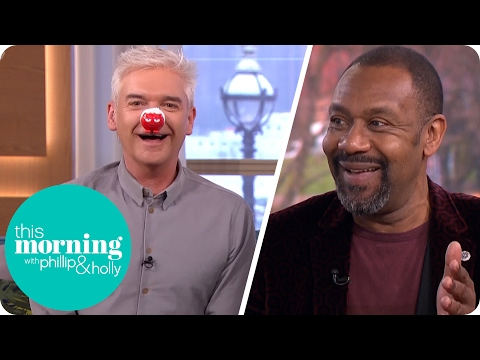 Lenny Henry Gives Holly and Phillip Their Own Special Red No