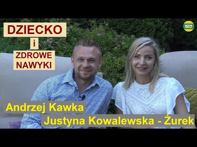 JAKIE CZYNNIKI WPŁYWAJĄ NA MIKROFLORĘ JELITOWĄ Justyna Kowalewska-Żurek i Andrzej Kawka KAWKAJE 2021