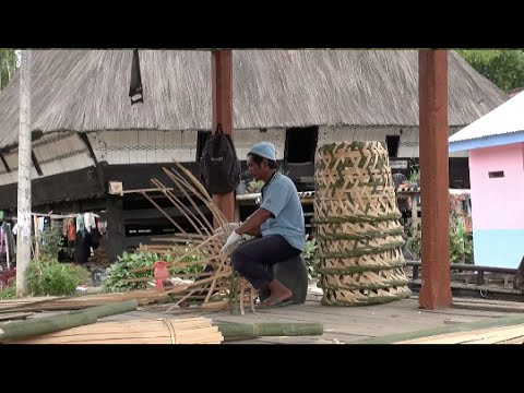 The Batak Karo village (Sumatra - Indonesia)