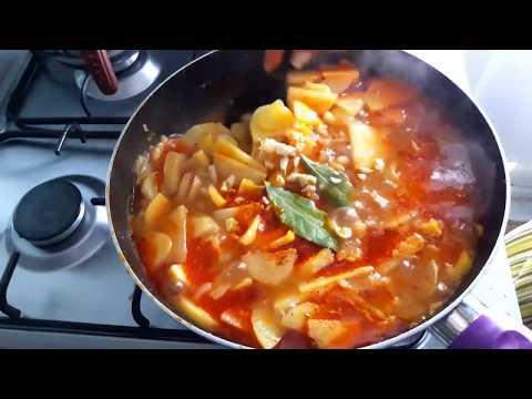 Гагаузская кухня / Простая и очень вкусная тушеная  картошка без мяса / Ужин или обед за 30-40 руб.