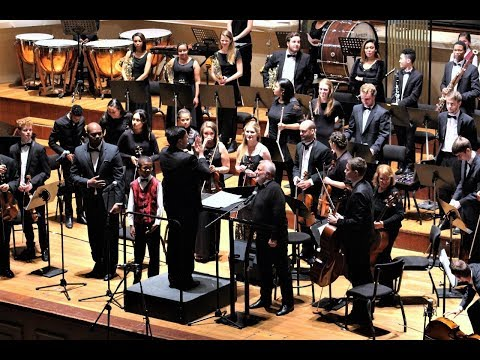 Grant Snyman conducts the Nelson Mandela University Orchestr