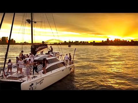 Amazing Boat Charter Party- Best Sydney Party Venue Ever!
