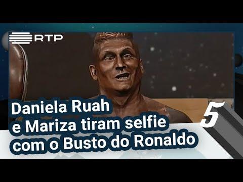 Daniela Ruah e Mariza tiram selfie com o Busto do Ronaldo | 5 Para a Meia-Noite | RTP