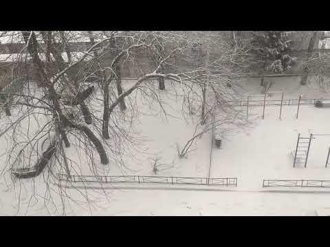 Tuyết rơi đầu mùa hè ở Nga điều hiếm thấy từ trước đến nay
