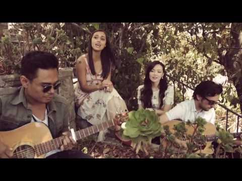 Marié Digby and Dia Frampton - Supersoaker (Kings of Leon cover)