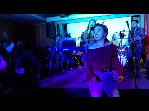 I Wanna Dance With Somebody (Full Band) Live at Holiday Inn Makati