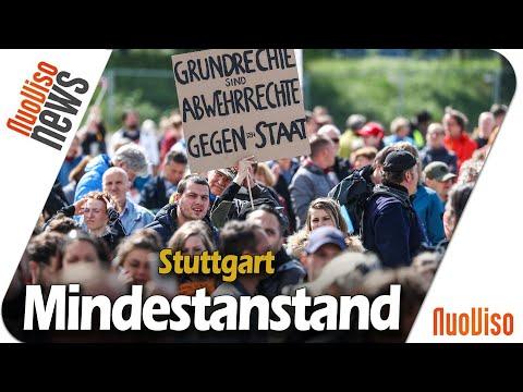 Mindestanstand - Stuttgart demonstriert