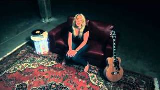 Catherine Britt - Sweet EmmyLou (Official Video)